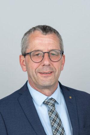 Peter Knob, Verkauf